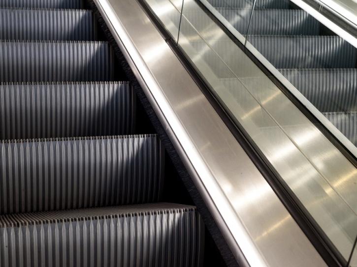 escalator cleaners uk